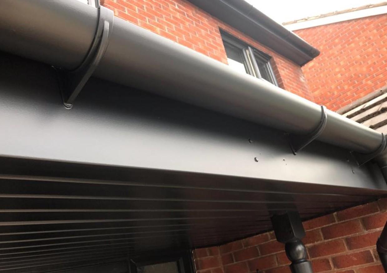 Using their UPVC respraying service, Spray UPVC have transformed this fascia