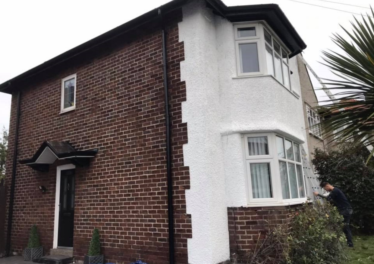 Spray UPVC have completely transformed the exterior of this house with their pebbledash services